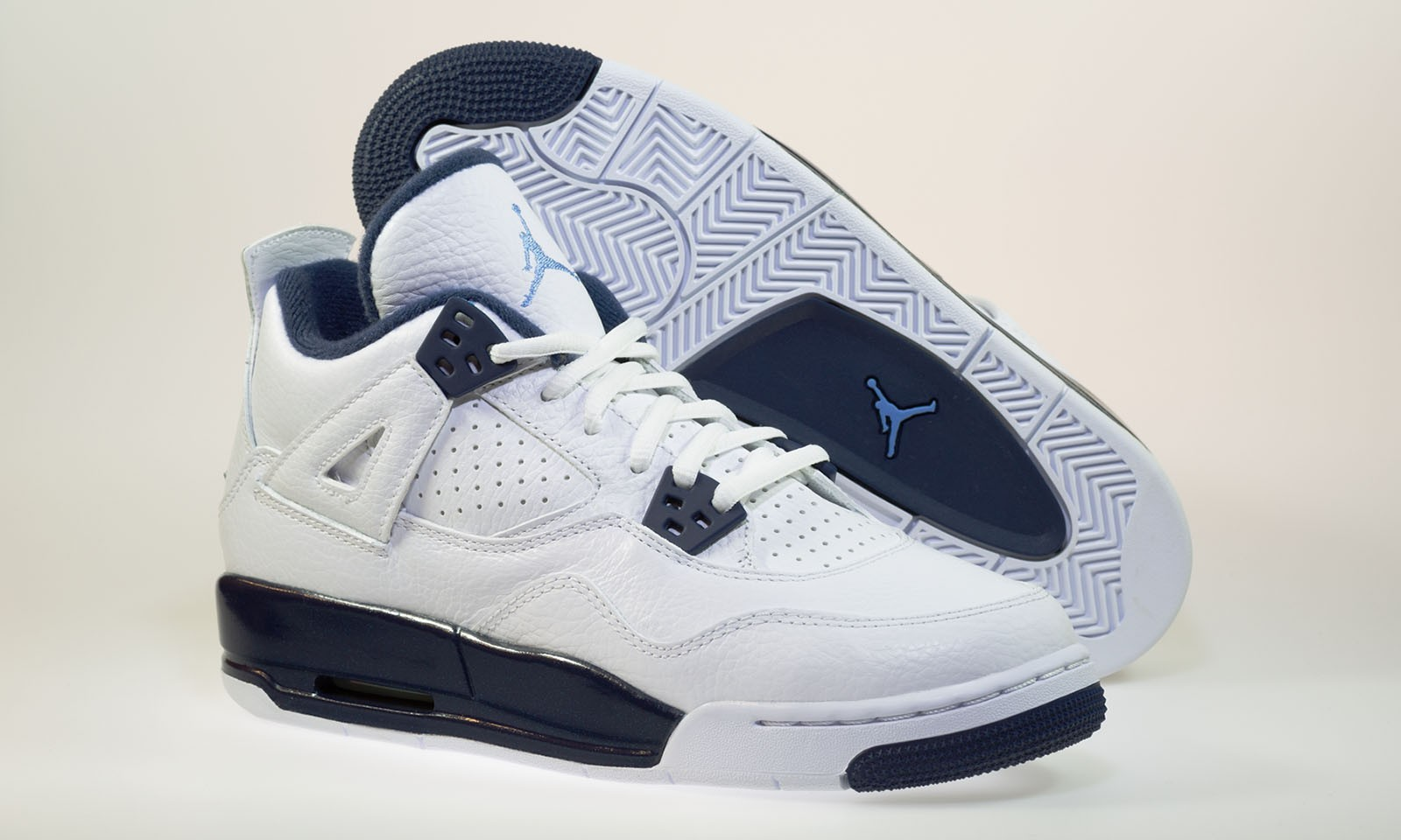 Air Jordan 4(IV) Retro BG (Boys' GS) White Legend Blue Midnight Navy Basketball Shoes 408452-107