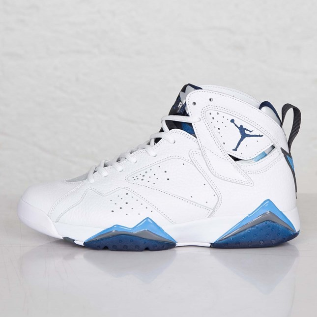 40bd4f7cadd470 Air Jordan 7(VII) Retro White French Blue University Blue Flint Grey 304775-