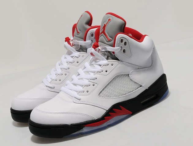WMNS Air Jordan 5(V) Retro Fire Red-Black OG White Fire Red Black Womens Basketball Shoes