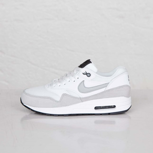 Womens Nike Air Max 1 Essential White/Grey Mist-Dark Grey-Black 599820-111 Shoes