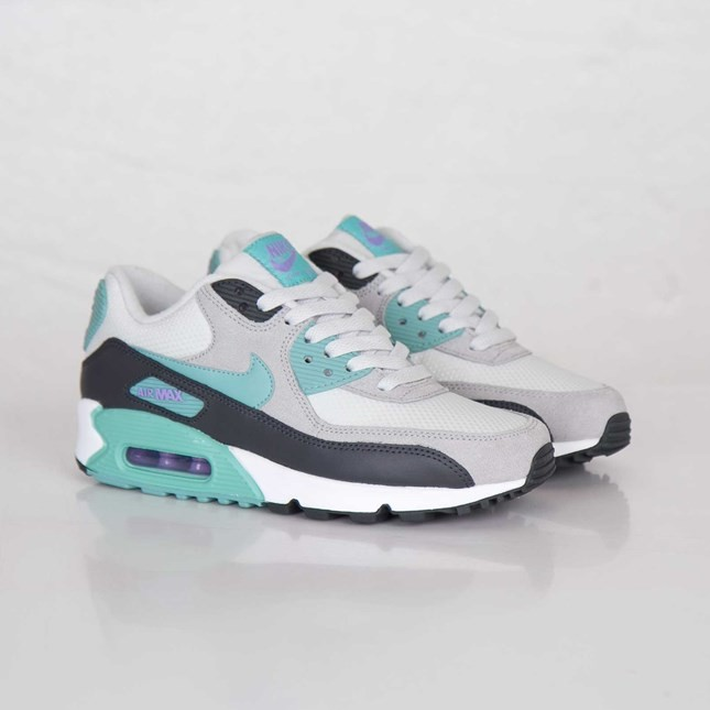Womens Nike Air Max 90 Essential Light Base Grey/Diffused Jade/Atomic Violet 616730-003 Casual Shoes