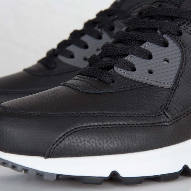 Mens Nike Air Max 90 Essential Black/White/Black/Dark Grey 537384-012 Shoe