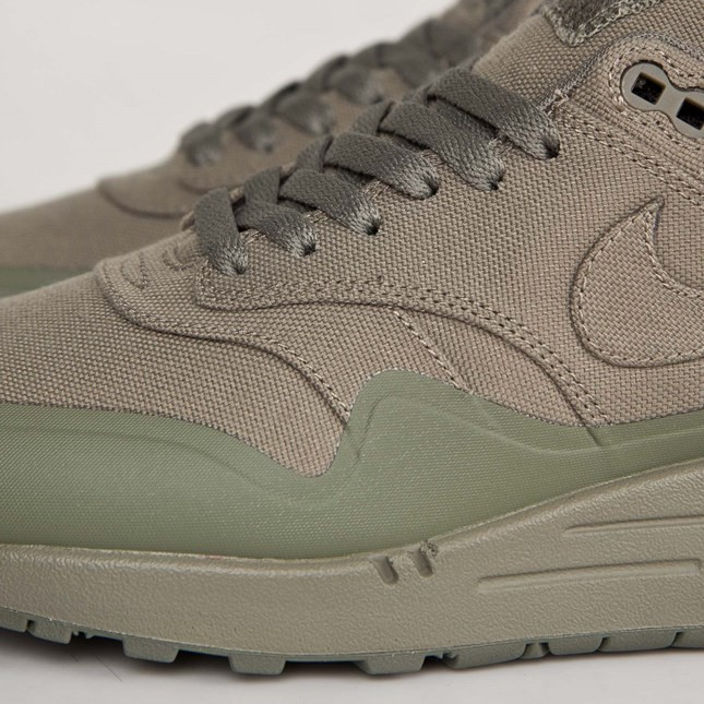 Mens Nike Air Max 1 V SP Patch Pack - Monotone Steel Green/Steel Green 704901-300 Shoe