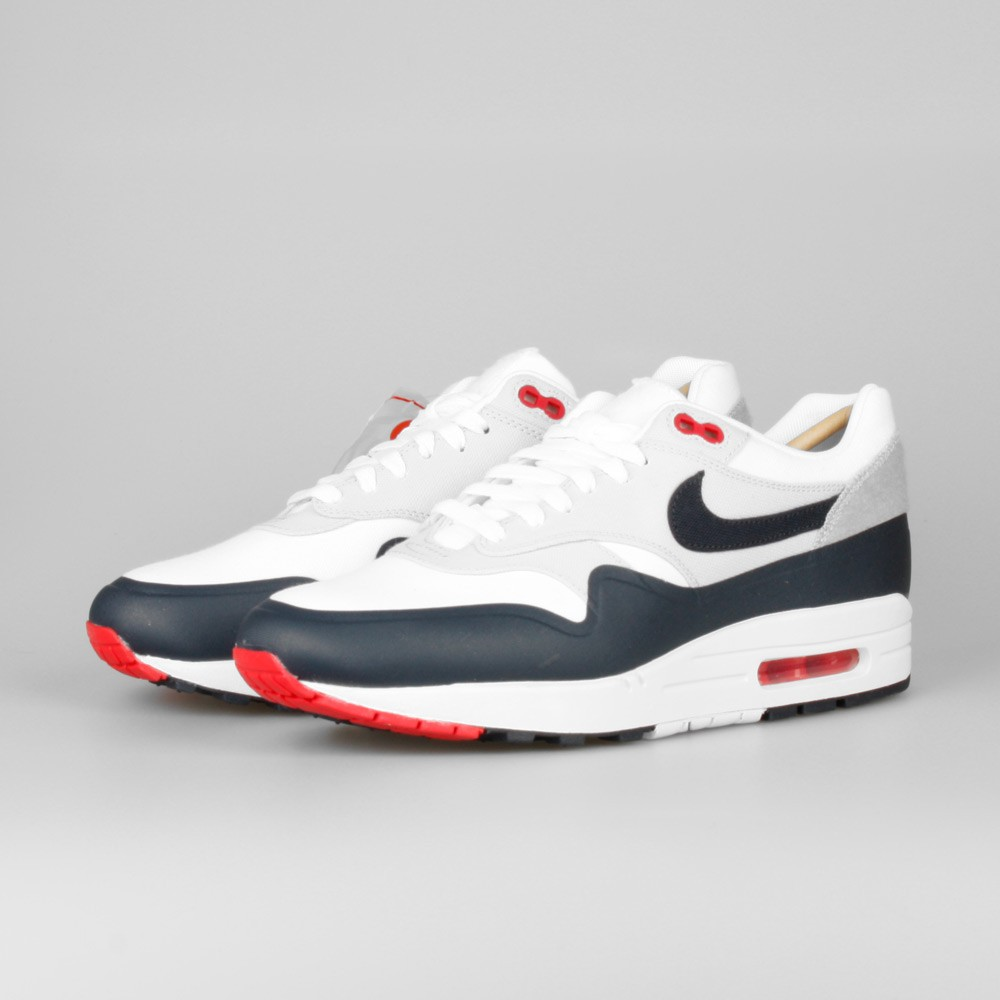 purchase cheap c6c51 38400 ... Mens Nike Air Max 1 V SP Patch Paris OG White Obsidian-University Red  ...