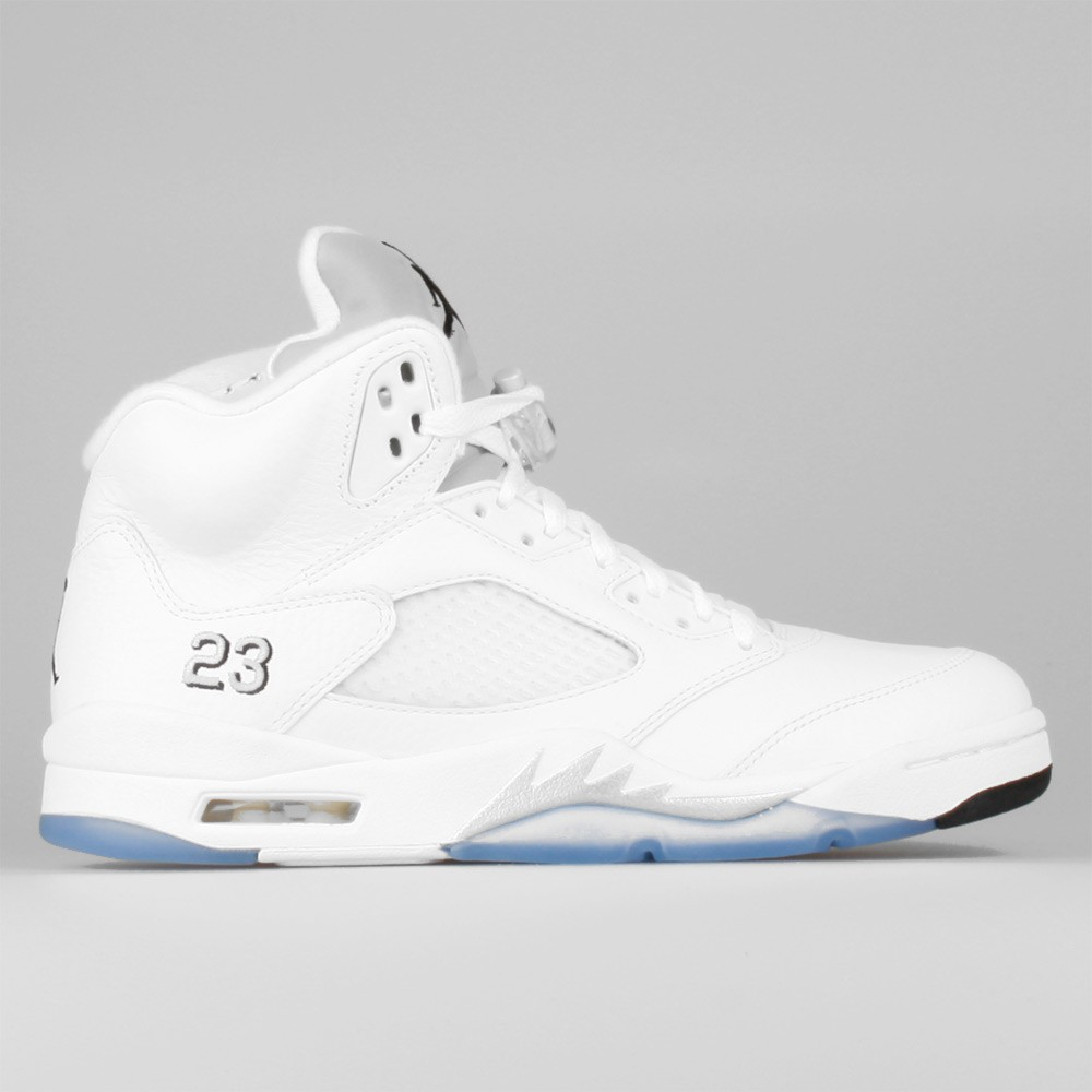 ab9e6d7dbe5633 Mens Nike Air Jordan 5 Retro White Black-Metallic Silver 136027-130 Casual