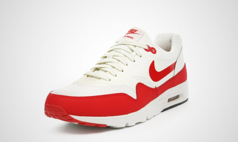the best attitude 16cdd fb151 ... Womens Nike Air Max 1 Ultra Essential Sail Challenge Red Black 704993-100  ...