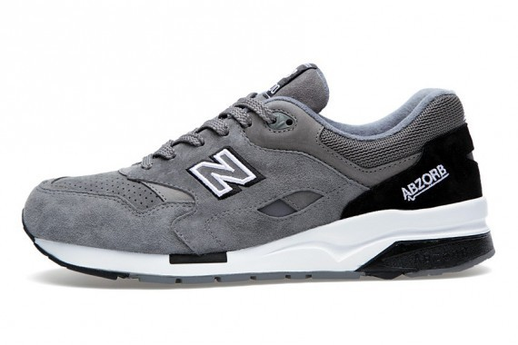 New Balance 1600 Wanted Pack Elite Edition Mens Running Shoes Grey Black White