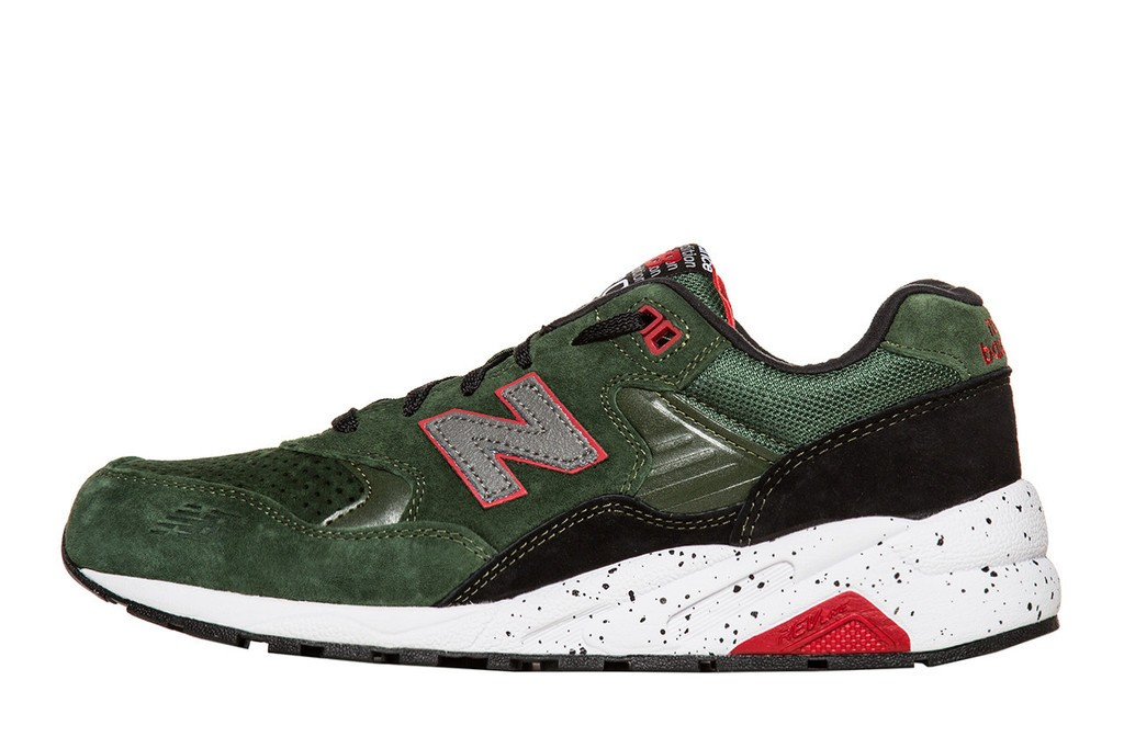 Men's New Balance MRT580BG Halloween Elite Edition Shoes Dark Green/Black/Grey/Red