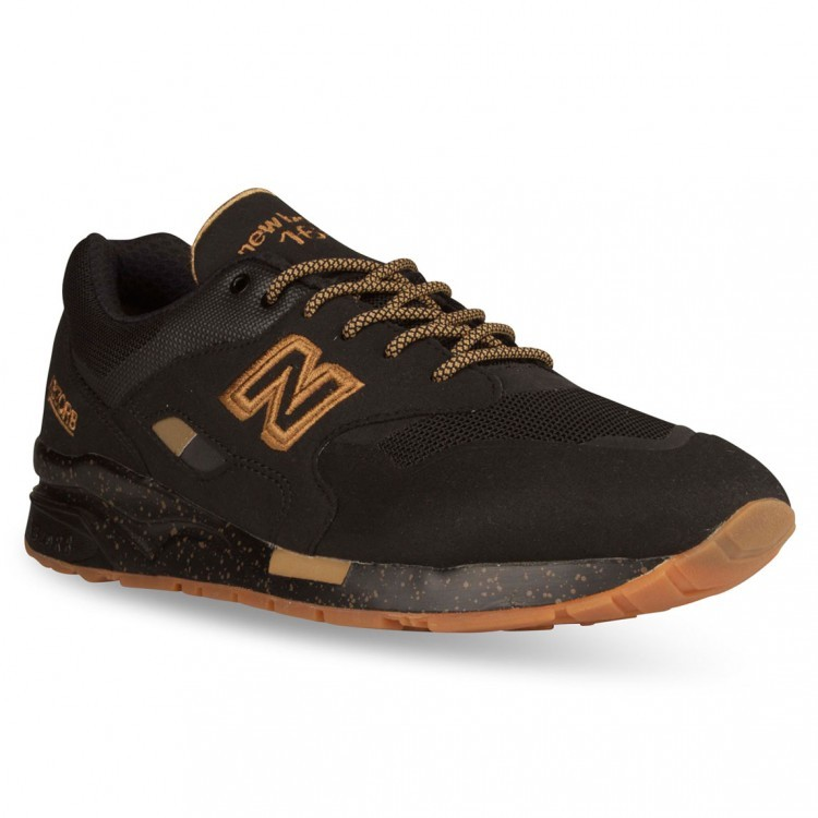 new balance 1600 mens black and gold
