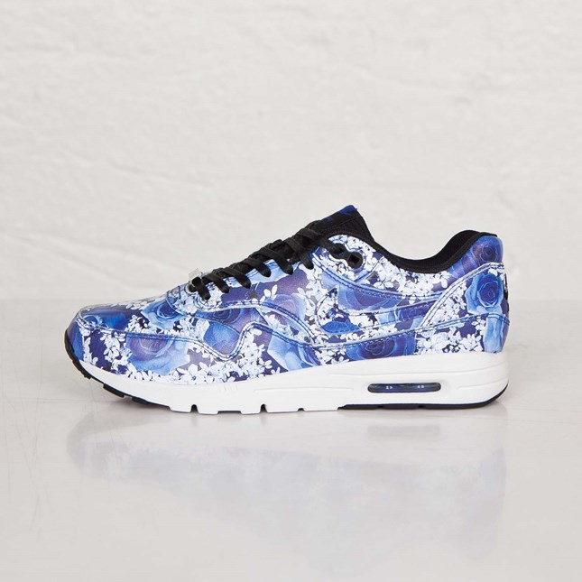 "Nike Air Max 1 Ultra Tokyo ""City Pack"" Print Roses and Cherry Blossoms Womens Shoes Lyon Blue/Summit White/Black/Lyon Blue 747105-401"